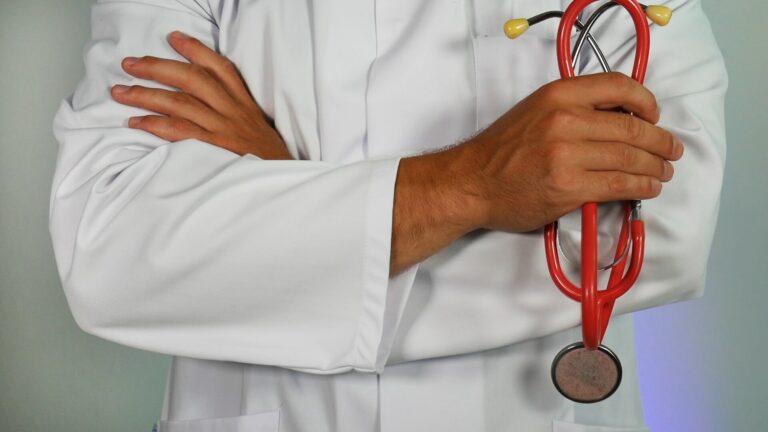 Cum alegi medicul de familie pentru copilul tău