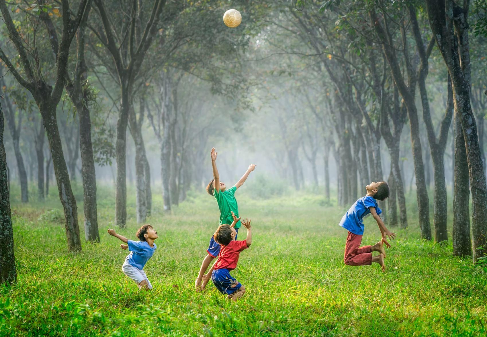 7 lucruri pentru a crește copii fericiți